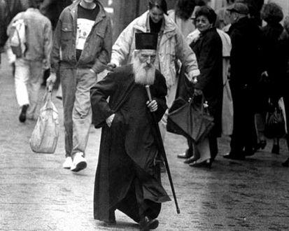 Патріарх Сербський на вулиці Бєлграда