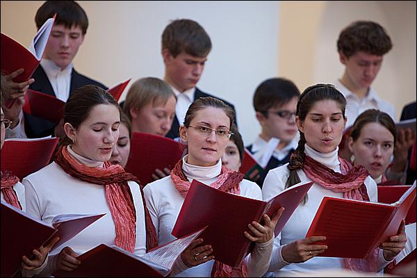 Молодежный хор Школы духовного пения при храме св. мц. Татианы