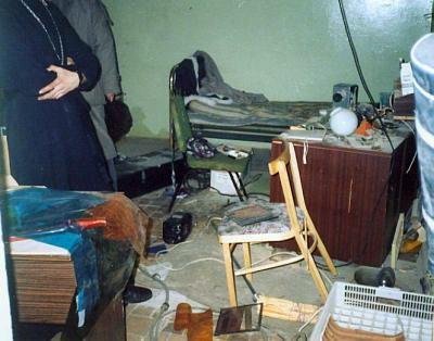 Освобождение храма в 1995 году. То, что осталось после Студенческого театра