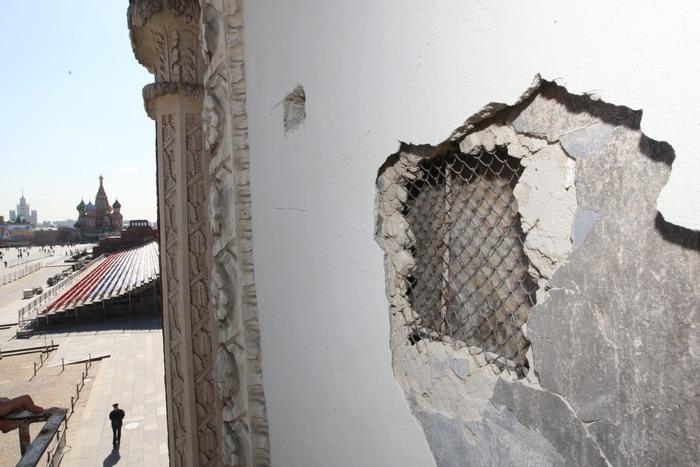 Началась реставрация надвратной иконы на Спасской башне