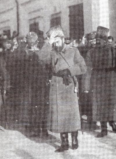 Отречение, которого не было. 1917 (400x546x123)Yepizod_v_Stavke1