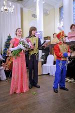 Наташа Ростова в бальной зале на Рублевке, или Как начали 'правильный' год в гимназии Василия Великого (ФОТО)