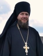 Православного игумена удалили из Фейсбука за фотографию Молебна в защиту Веры