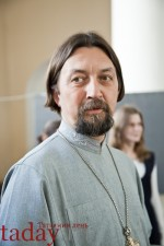 Андрей Мановцев: Батюшка выправил мне пару суставов