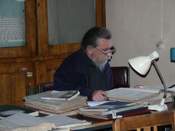 Игумен Дамаскин за работой в РГИА