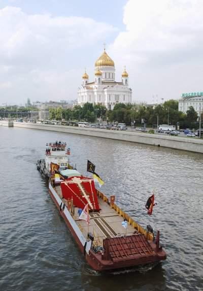 Соловецкий поклонный крест на Москва-реке