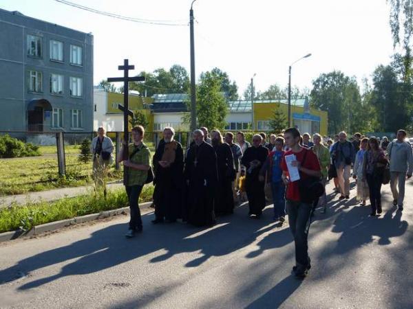 Крестный ход в городе Лодейное Поле
