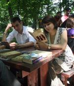 Библиотеки 'на свежем воздухе' пользуются спросом у москвичей