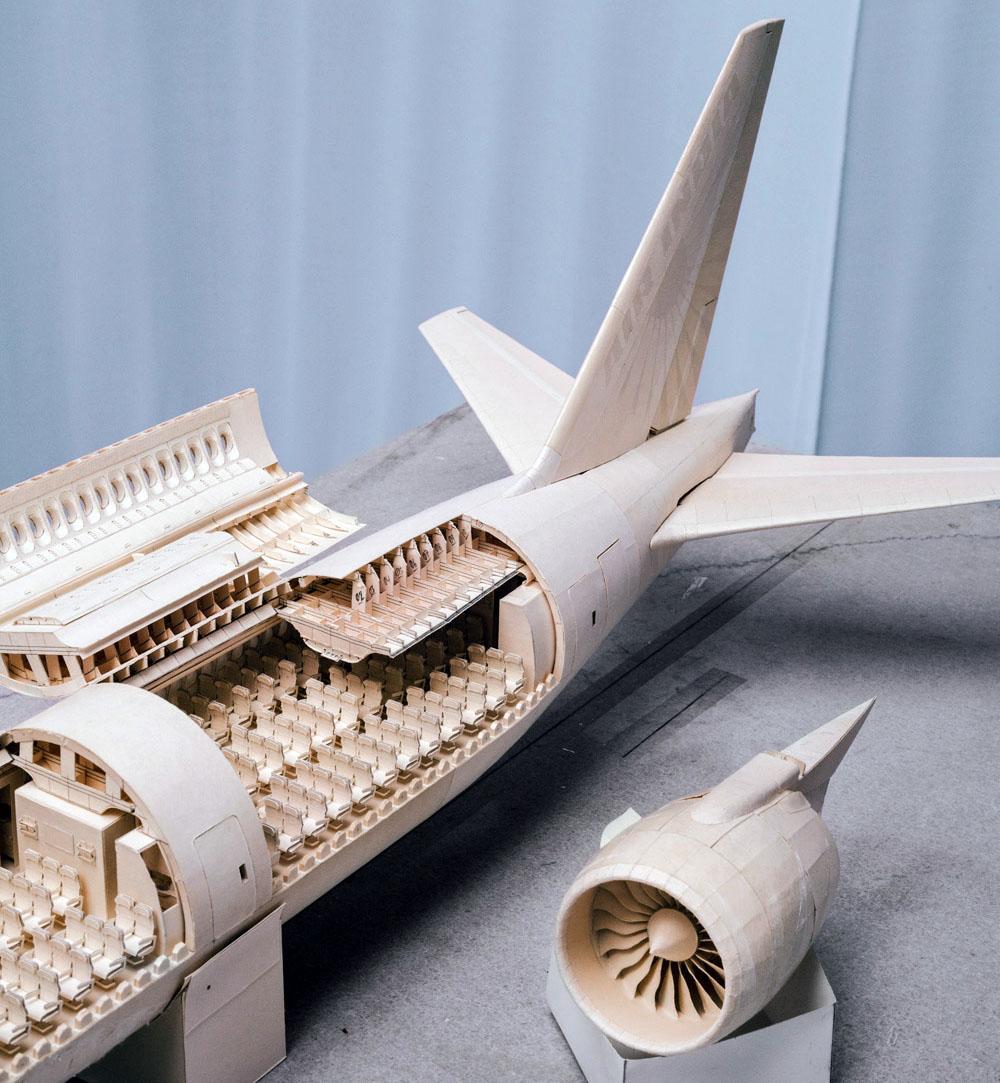 Как сделать самолёт из картона модель 580
