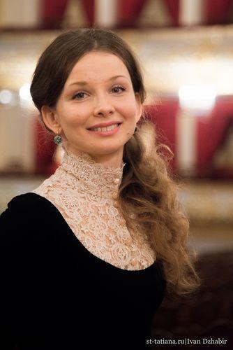 Соблазнительная Екатерина Кабак – Два Отца И Два Сына (2013)