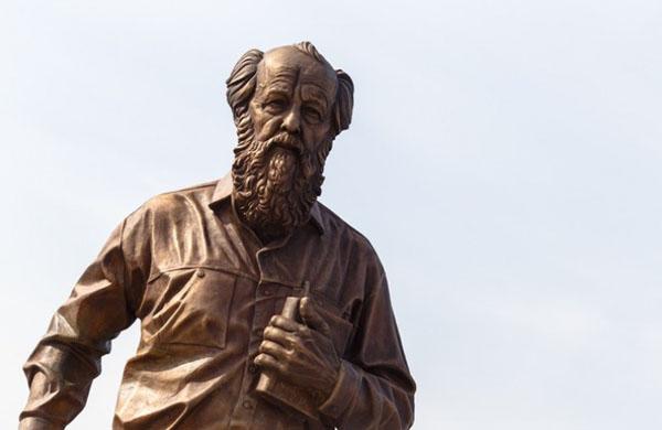 Una statua per Solženicyn a Mosca