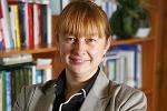 Читалка декана журфака Елены Вартановой: книги, резонирующие с реальной жизнью