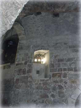 Место, откуда царица Елена наблюдала за раскопками (Храм Гроба Господня в Иерусалиме)